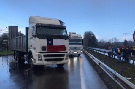 Movilización de Camioneros Cortó la Ruta 5 en  Varios Puntos en La Araucanía