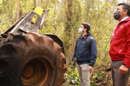 Desconocidos Queman Máquina Agrícola en Fundo de Padre Las Casas