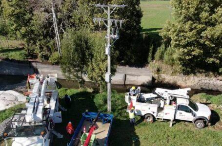 Frontel realiza importantes mejoras en red eléctrica del sector Colico