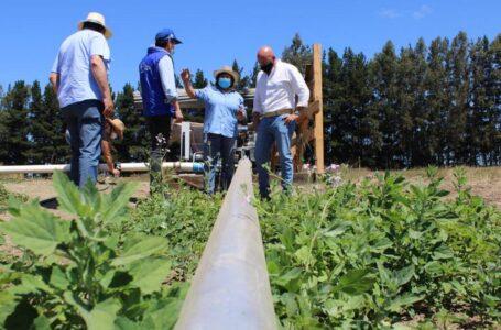 CNR y GORE a través de proyecto Plan Impulso financia riego a agricultoras de Nueva Imperial