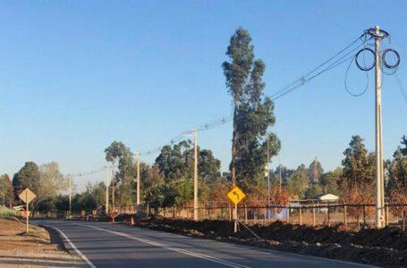 Frontel instala nueva línea eléctrica de respaldo en caso de corte de suministro en sectores rurales de Collipulli