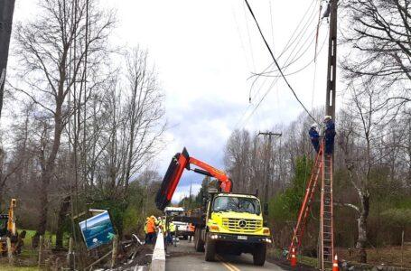 Accidente vehicular dejó a más de 21 mil clientes sin suministro eléctrico en la zona Lacustre